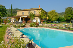 rent villa in the tuscan countryside near Cortona, Siena and Firenze